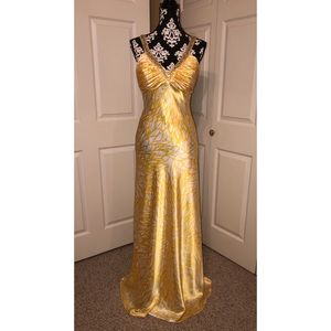 Dresses & Skirts - Silky, Yellow & White Evening Gown